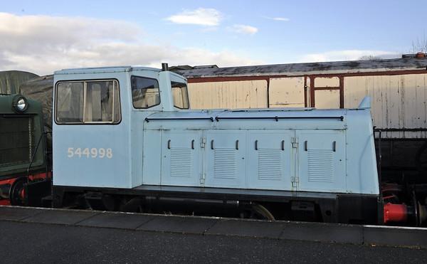Ruston & Hornsby 0-4-0DE 544998 / 1969, Brownhills West, Sat 15 December 2012.