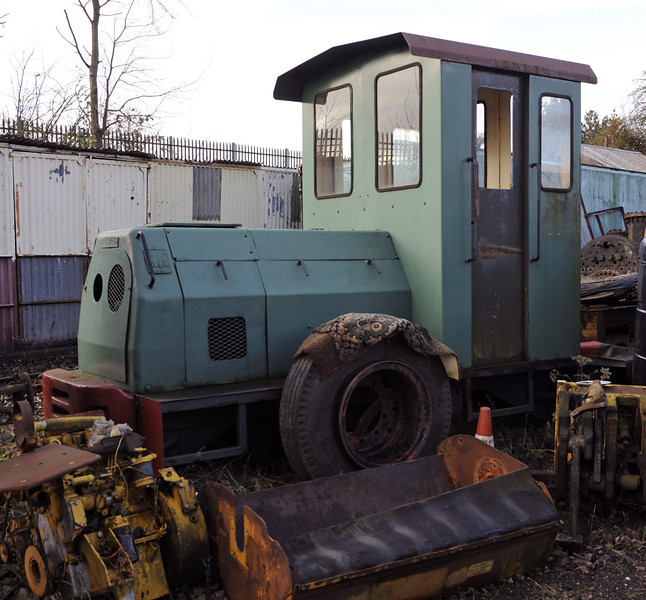 [Neath Abbey, Brownhills West, Sat 15 December 2012.  Two foot gauge Ruston & Hornsby 4wDH 476106 / 1964.  There is a two foot gauge line at Brownhills West with several other locos and stock.