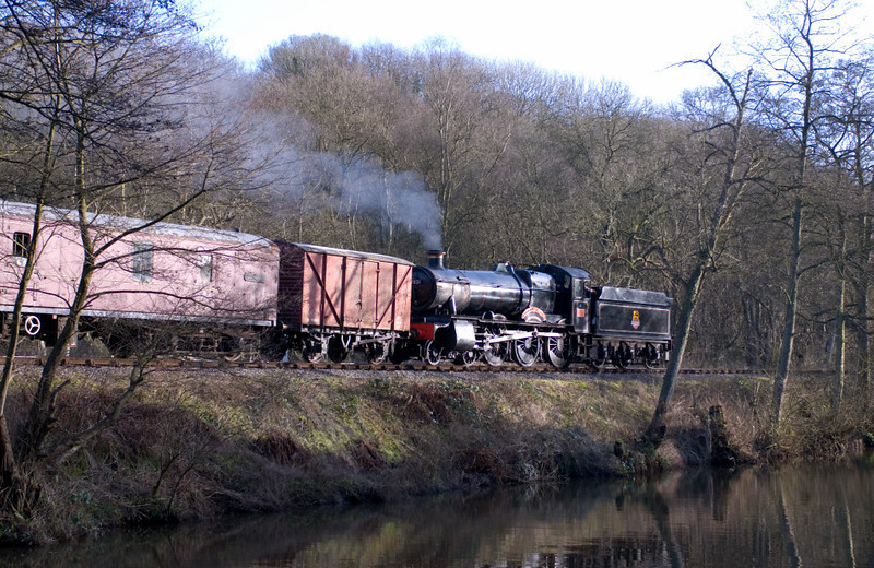 7821 Ditcheat Manor approaches Consall from Cheddleton on 14 January 2007 - 1344