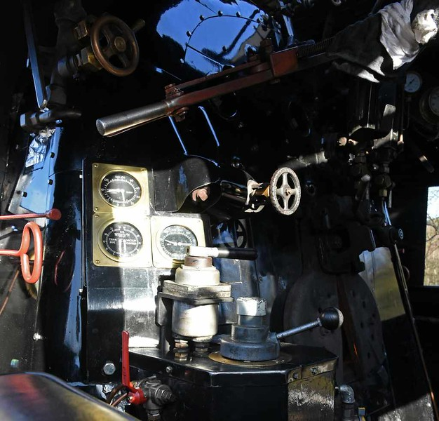 US Army Transportation Corps 2-8-0 5197, Kingsley & Froghall, Sun 4 February 2018 3. Converted to left hand drive for use in Britain. The throttle is above the gauges.