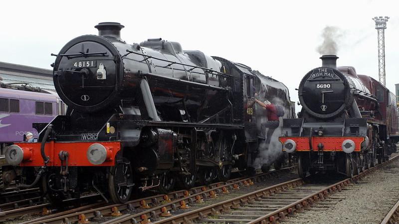 48151 & 5690 Leander, Crewe, 10 September 2005
