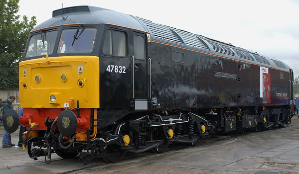47832, Crewe, 10 September 2005 1.  Newly decked out in FM Rail black the 47 was about to be named Driver Tom Clarke OBE.