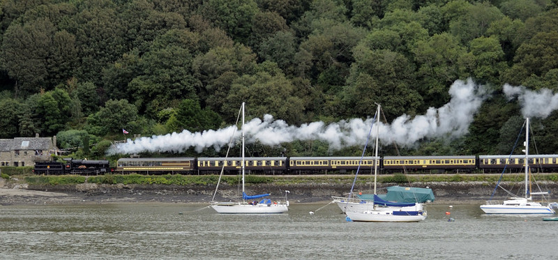 7827 Lydham Manor, leaving Kingswear, Sun 2 September 2012 - 1525.  The 1515 to Paignton approaches Britannia crossing.