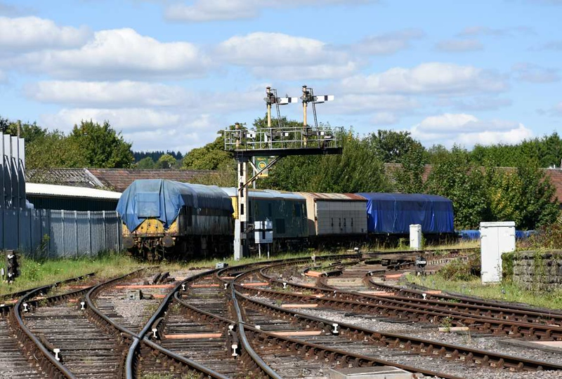 D7633 (nearest), 73001 & 73002, Lydney Junction, 2 September 2017.  08473 may be under one of the blue tarpaulins in the far distance at right, along with John Fowler 0-4-0DM 4210127 / 1957.