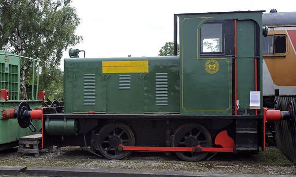 Hunslet 0-4-0DM 2389 / 1941 (ND 3815), Warcop, Sun 10 July 2011.