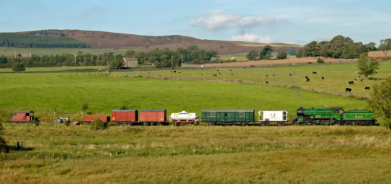 246 Morayshire, Holywell, 20 September 2008 - 1511 1    Morayshire drifts through the Yorkshire countryside towards Stoneacre loop with the demonstration goods from Embsay...