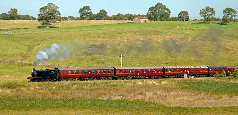 Darfield No 1, Holywell, 20 September 2008 - 1519 1    Darfield pulls away from Stoneacre loop with the 1500 from Bolton Abbey.