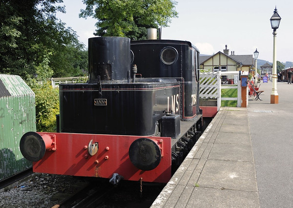 'LMS 7164' Ann, Bolton Abbey, Sun 25 August 2013.  Sentinel 4wVBT 7232 / 1927.  The LMS number is fictitious.