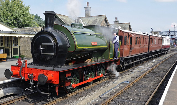 Beatrice, Embsay, Sun 25 August 2013 - 1356.  Beatrice stands with three carriages from the Stately Trains collection: Great Eastern Rly Nos 14 (nearest) and 37, and Great North of Scotland Rly No 34.