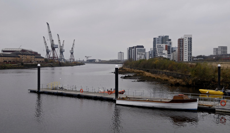 River Clyde, looking west from Riverside Museum, Sat 19 November 2011.  The cranes at left are at the Govan yard of BAE Systems, originally Fairfield's.