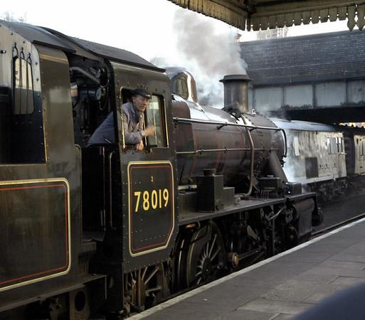 78019, 2C37, Loughborough, 30 January 2005 - 1606