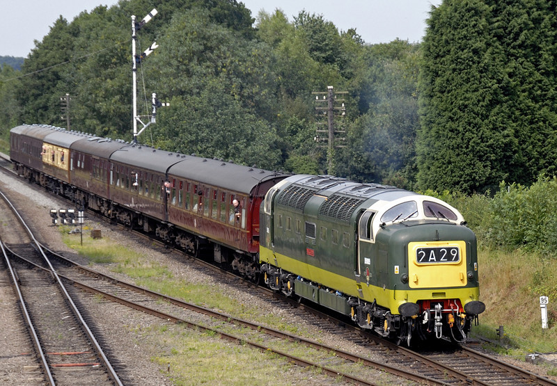 D9009 Alycidon, 2A29, Quorn & Woodhouse, Sun 15 Aug 2010 - 1421   The 1415 Loughborough - Leicester North.