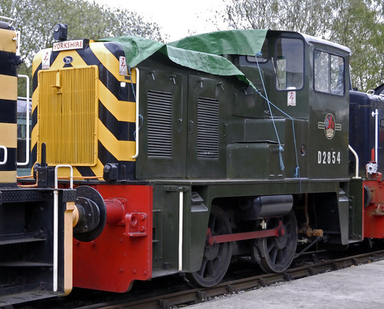 Class 02 D2854, Rowsley South, Sun 9 May 2010