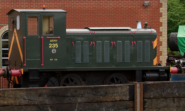 Army 235, Havenstreet, 31 May 2008.    Barclay 371 / 1945, an 0-4-0DM.  The third former Army loco presented to the IWSR.