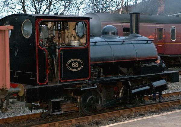 LYR No 68 (51218), Keighley, Sun 20 February 2005 2
