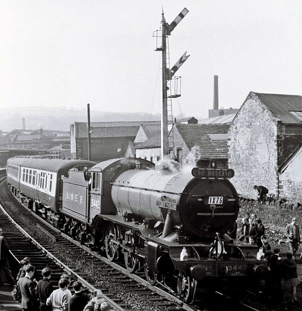 3442 The Great Marquess, 1X75, Keighley, Sun 16 April 1967   3442 awaits departure with the Epsom Rly Soc's Mercian railtour from Euston.  The K4 worked the train from Stockport Edgeley to Leeds Central, where 4472 took over for the return to King's Cross.  NB the new Mk 2 coaches behind the loco.