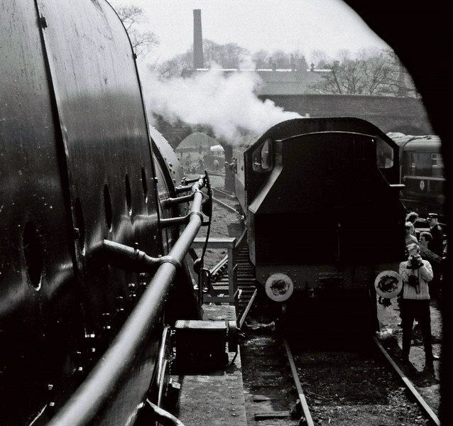 46115 Scots Guardsman & 41241, Haworth, Sun 16 April 1967