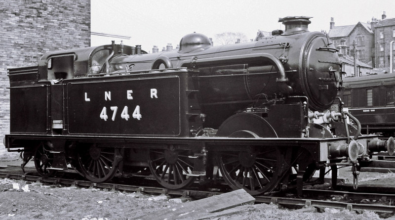 LNER 4744 (BR 69523), Haworth, 16 April 1967