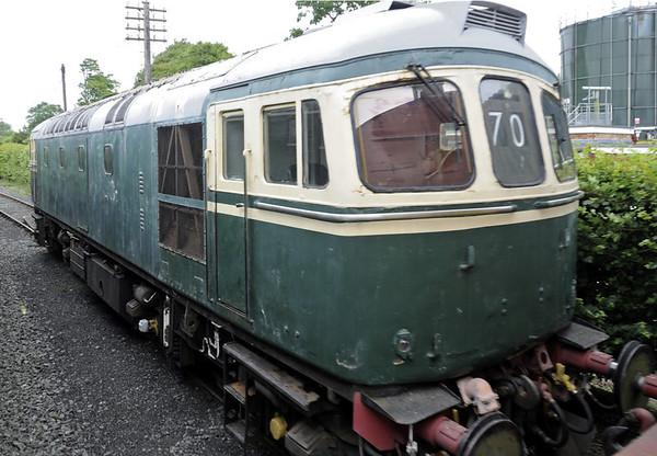 D6570 (33052) Ashford, Rolvenden, Fri 8 June 2012