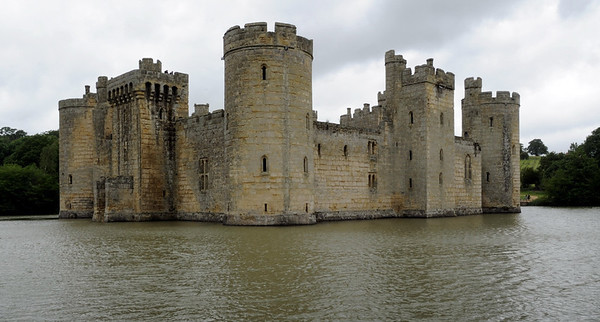 Bodiam castle, Fri 8 June 2012.  Built in the late 1300s, the castle's interior was demolished after its owner backed the wrong side in the Civil War in the 1640s.