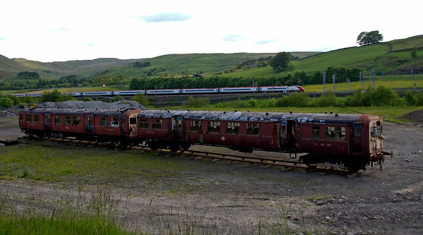 LMS 28361, 29896 & 390034 City of Carlisle, Tebay, 8 June 2009 - 1906