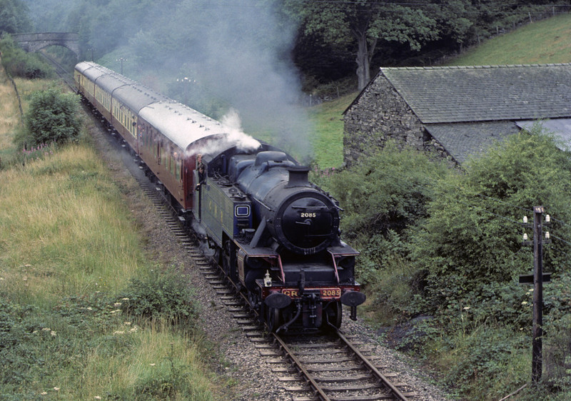2085, Newby Bridge, 1 August 1976. Photo by Les Tindall.