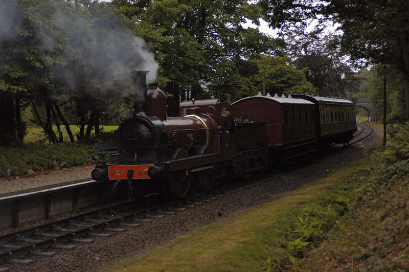 Furness Rly No 20, Newby Bridge, Tues 23 August 2005 4.  Setting back to continue to Lakeside.