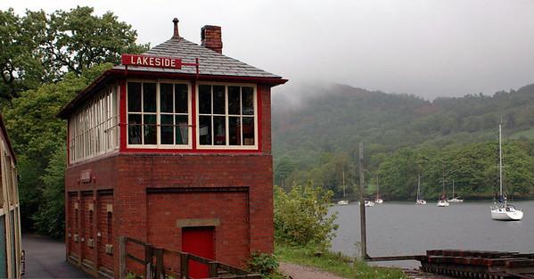 Lakeside signal box, Sun 21 May 2006.  Lake Windermenre is beyond.