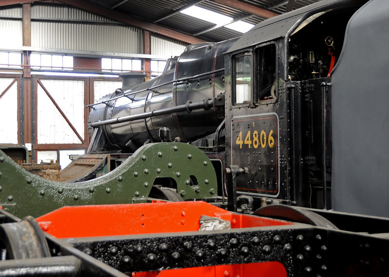 4141 & 44806, Llangollen, Sat 27 August 2011.