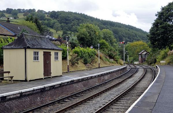 Glyndyfrdwy station, Sat 27 August 2011 2: looking towards Carrog.