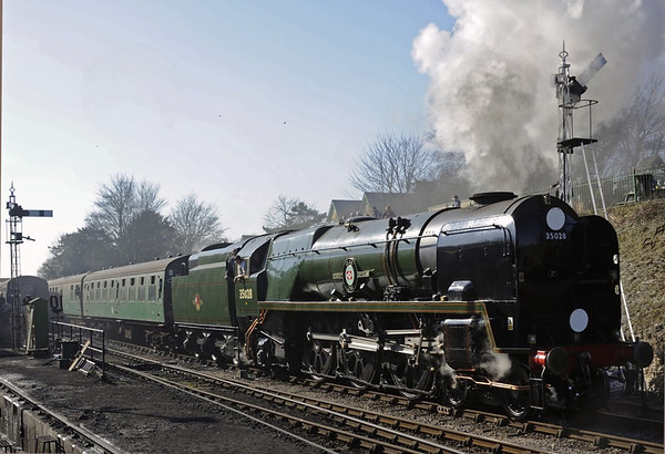 35028 Clan Line, Ropley, Sun 9 March 2014 2 - 1406.  Departing with the 1330 Alresford - Alton.