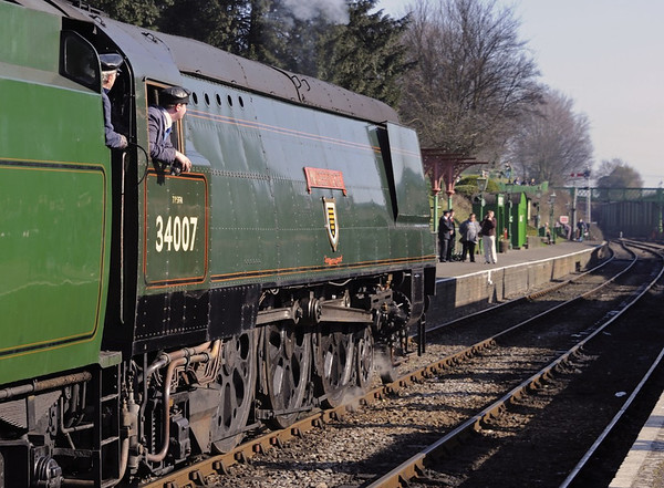 34007 Wadebridge, Ropley, Sun 9 March 2014 1 - 1015.  Arriving with the 1005 Alresford - Alton.