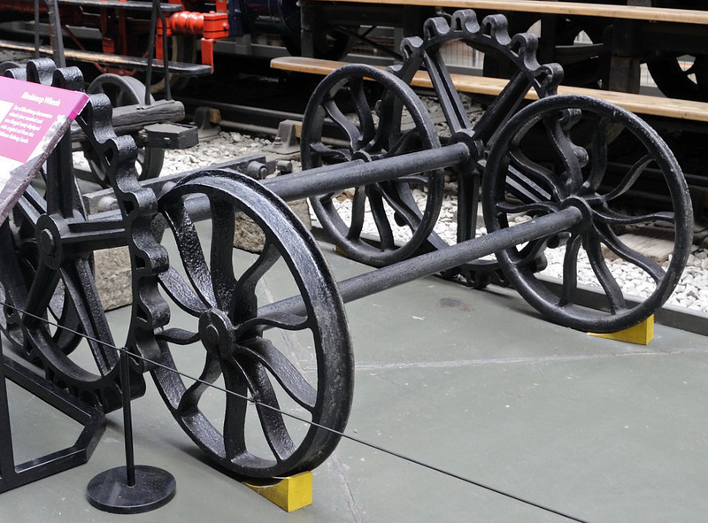 'Blenkinsop wheels', National Railway Museum, York, Sat 8 September 2012.  They were originally on display at a foundry in the North East demolished around 1930.  The Middleton locos were only fitted for rack operation on one side.  A loco with cogwheels on both sides would not have been able to negotiate curves.