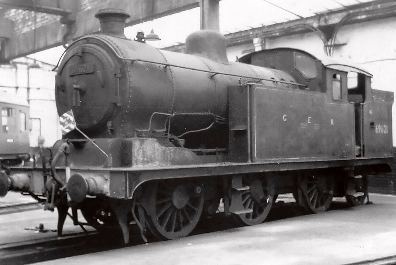 69621, Neville Hill shed, 15 April 1967.  Middleton Rly Trust chairman Fred Youell bought the N7 privately, and it spent a number of years at 55H.  It never appeared on Middleton metals.  3442 The Great Marquess, owned by Lord Glengarnock (MRT President) was also kept at Neville Hill in the mid 1960s.