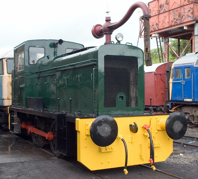 Barclay diesel hydraulic 0-4-0, Swanwick Junction, 24 June 2007   416 / 1957