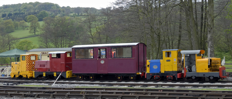 Top & tail super power on the Derbyshire Dales Narrow Gauge Rly, Rowsley South, Sun 9 May 2010 2