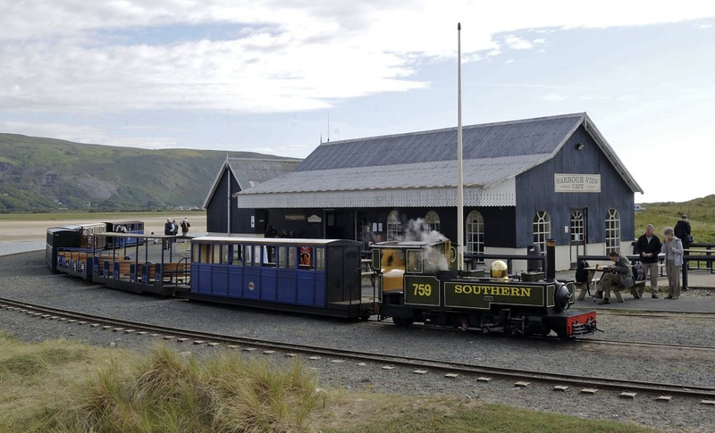 Barmouth Ferry station, Wed 24 August 2011.