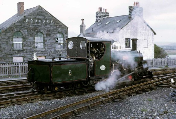Linda, Porthmadog, 5 October 1974 1.  Photo by Les Tindall.