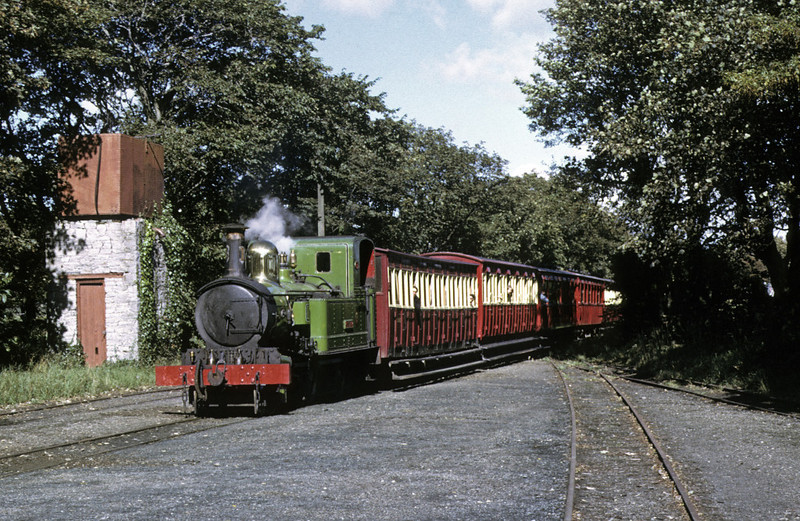 No 13 Kissack, Castletown, 6 September 1974.  Arriving with the 1410 from Douglas.  Photo by Les Tindall.