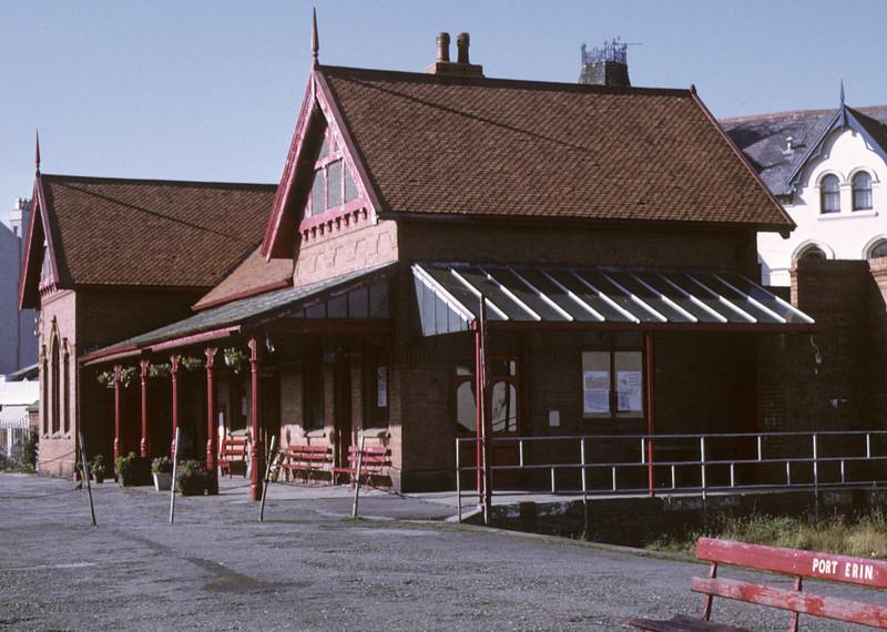 Port Erin station, 6 September 1974.  Photo by Les Tindall.
