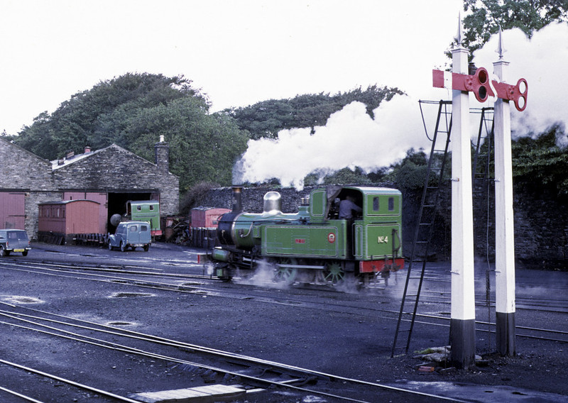 No 4 Loch, Douglas, 6 September 1974 2.  Kissack is beyond, having its smokebox cleaned before starting work.  Photo by Les Tindall.