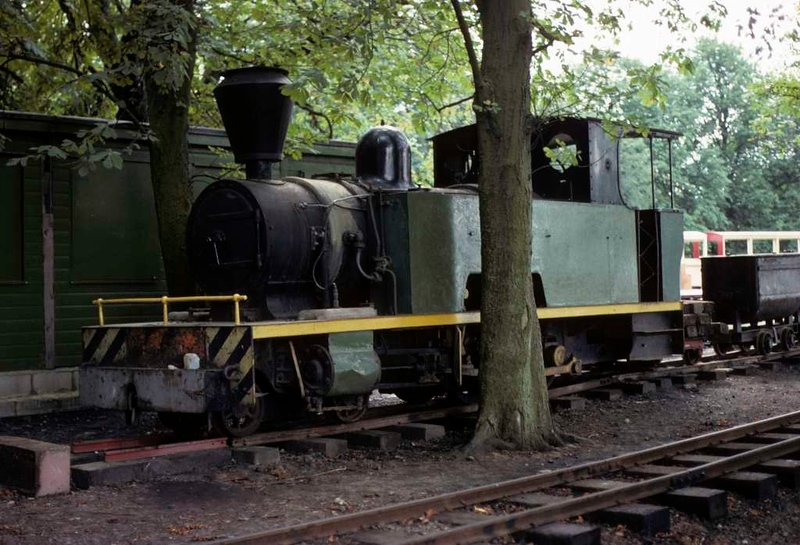 Isibutu, Knebworth Park & Wintergreen Railway, 23 August 1975 2.  Photo by Les Tindall.