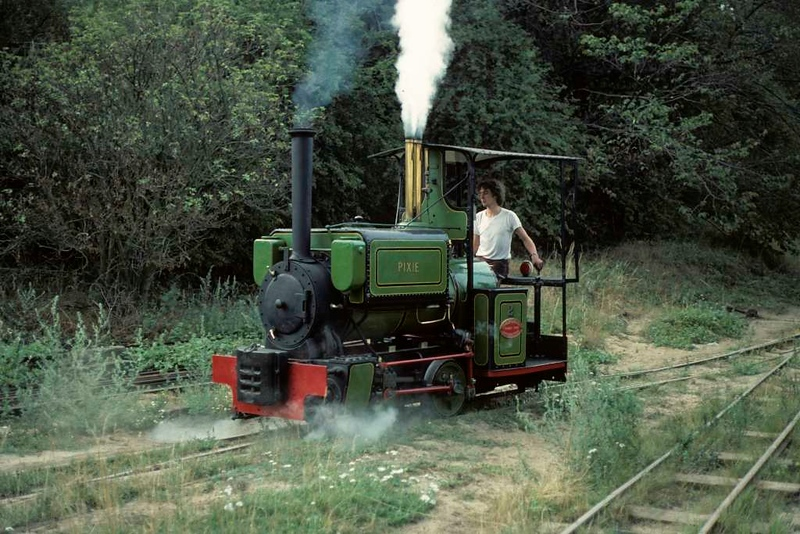 Pixie, Leighton Buzzard Railway, 25 July 1976 2.  Shunting at Stonehenge.  Still at Leighton Buzzard in 2018. Photo by Les Tindall.