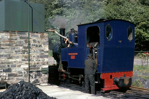 Helen Kathryn, Llanberis Lake Railway, 28 September 1975.  The 0-4-0T (Henschel 28035 / 1948) is prepared for the last day of the 1975 season at Gilfach Ddu.  This loco subsequently moved to the South Tynedale Railway where it remains in 2016.  Photo by Les Tindall.