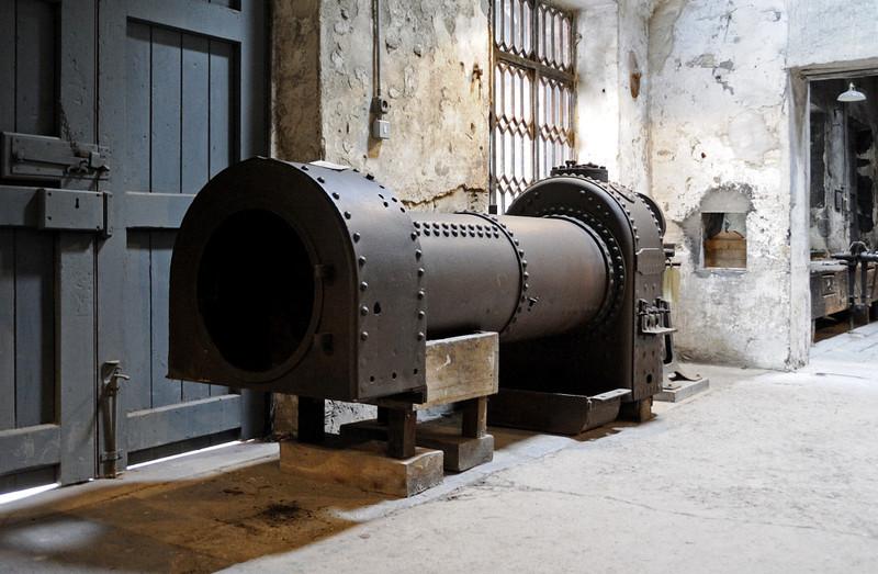 Boiler, National Slate Museum, Gilfach Ddu, Llanberis, Sun 21 August 2011.  This boiler was made in the Port Dinorwic boiler workshops for a Hunslet 0-4-0ST.