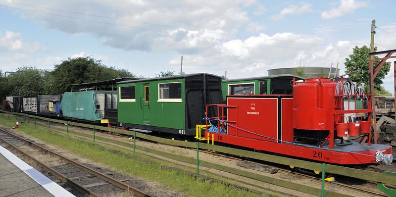 Assorted rolling stock, Kemsley Down, Sat 9 June 2012