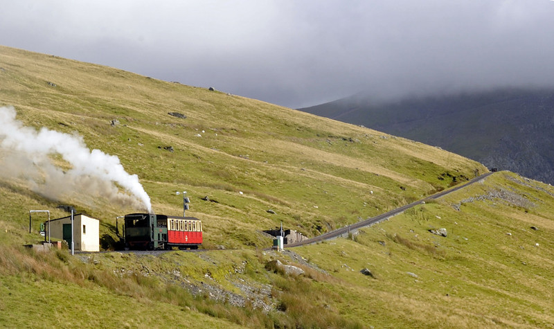 Snowdon Mountain Rly No 3 Wyddfa climbs away from Halfway station towards Clogwyn, Sun 21 August 2011 - 1600.
