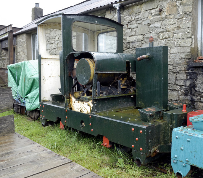 Simplex, Threlkeld, Sat 28 August 2010.     Motor-Rail 4wDM 8627 / 1941?, with unidentified loco behind under cover.
