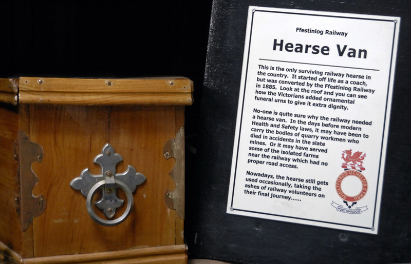 Hearse van, Gelert's Farm, Porthmadog, Sat 29 May 2010 2