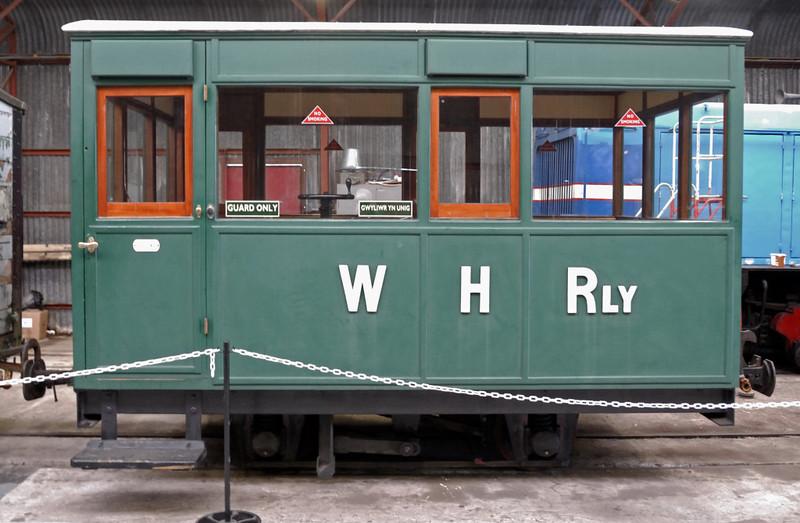 Four wheel coach No 6, Gelert's Farm, Porthmadog, Sat 29 May 2010